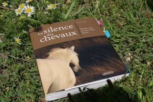 """couverture du livre """"Le silence des chevaux"""""""